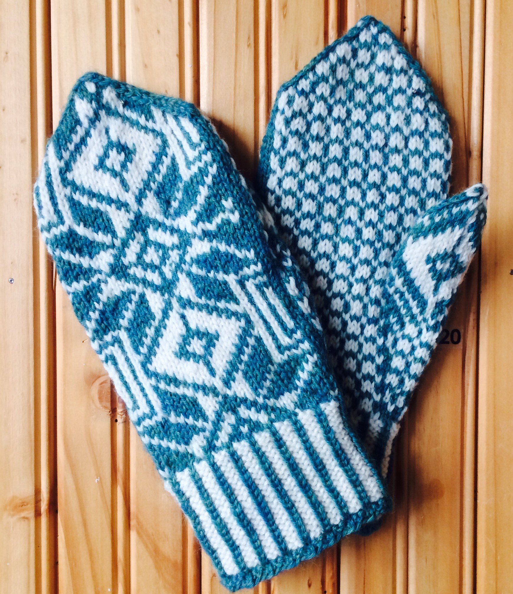 "Latvian Mittens and ""No Knitting Police"" 